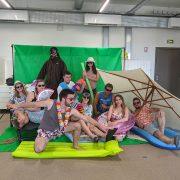 Equipe PP en vacances fond vert 2020